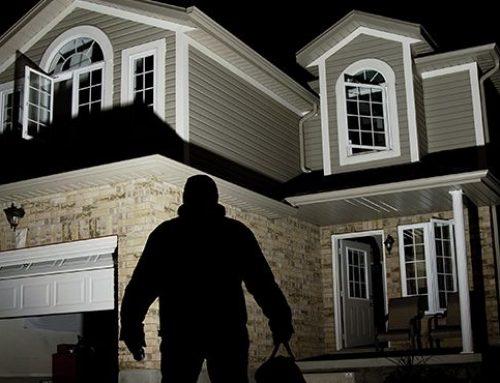 امنیت خانه : ۴ راه حل ساده برای ایمن نگه داشتن خانه در برابر سارقین