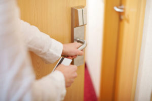 قفل هتلی - قفل الکترونیکی درب هتل