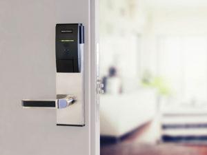 کاربرد قفل کارتی هتلی